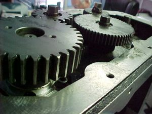Contaminate removal on gears