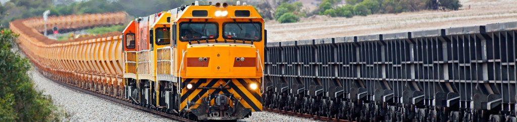 Transfer case for rail application