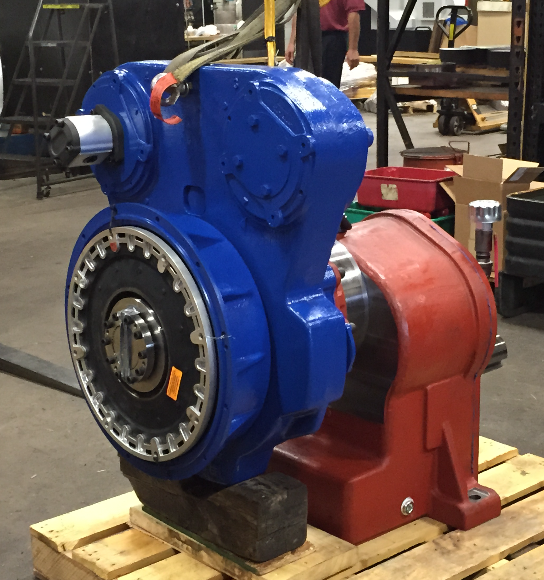 Specialty gearbox for dredge